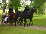 Zámek Dětenice - svatba v zámecké zahradě